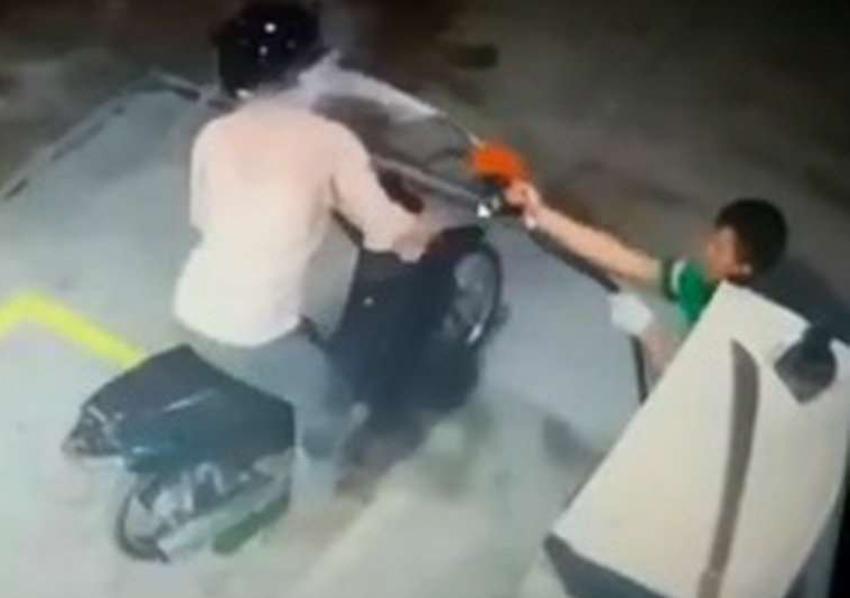 Frentista joga gasolina em assaltante para evitar assalto, mas não evitou incêndio de grandes proporções. Ver mais...