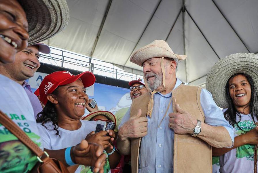 'Discurso de candidato': Lula diz que pode 'consertar país'