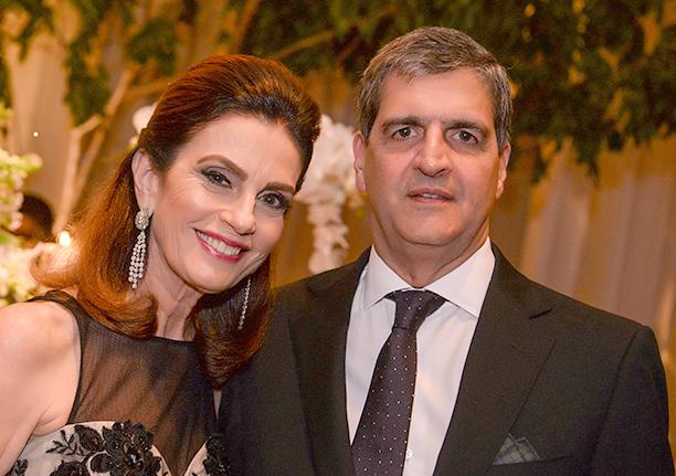 Cristina e Carlos Calumby o casal destaque de hoje dia 22 de outubro
