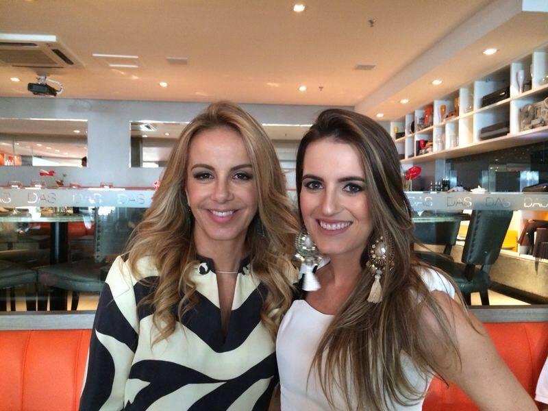 Marcella Brandalize a aniversariante do último dia 06, na foto ela está com sua mãe Larissa Bicalho