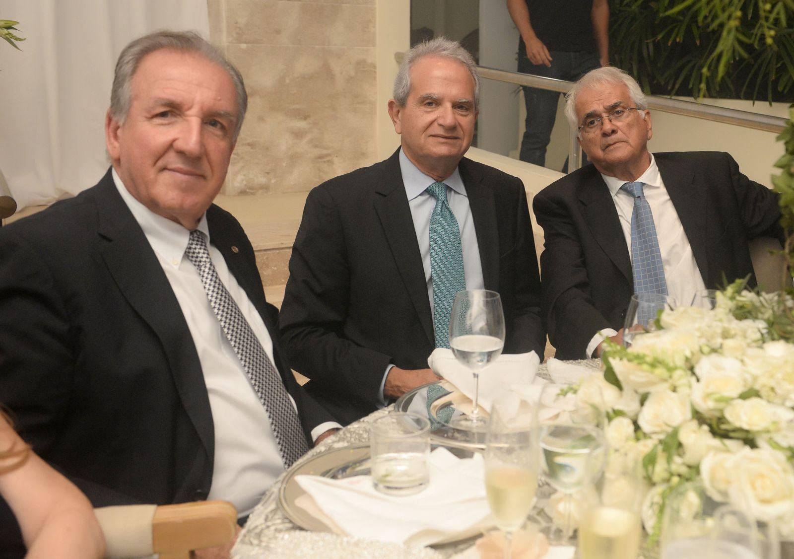 Mário Costa Neto, Tony Tawil e Alexandre Jaqueira foram destaques no casamento de Natália e Eduardo Schnitman