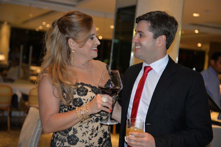 Cristina David e Fábio David em comemoração a mais uma vitória advocatícia