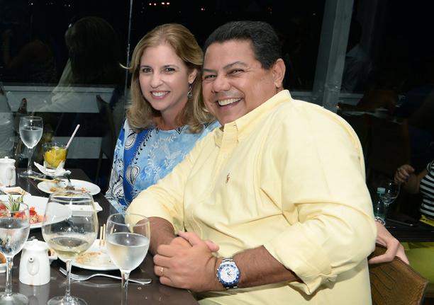 Marcelo Sacramento e Mônica jantando dia 11 de março no Soho