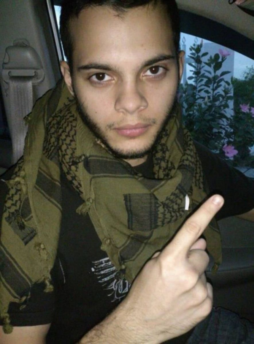 Atirador Esteban Santiago, matou 5 pessoas e feriu 9 no aeroporto da Florida hoje( 06).