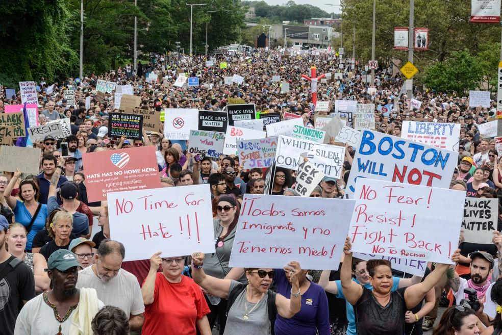 Milhares protestam nos EUA contra o racismo. Veja uma grande importância da raça negra