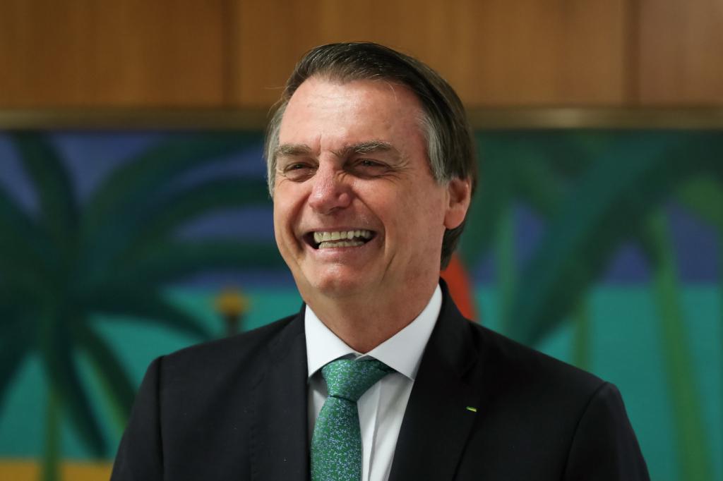 'Novo PGR deve ser homem e será indicado até quinta'. Diz Bolsonaro.
