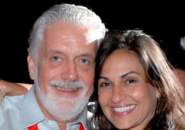 Maria de Fátima Mendonça e Jaques Wagner um casal aprovado por quem os conhece.