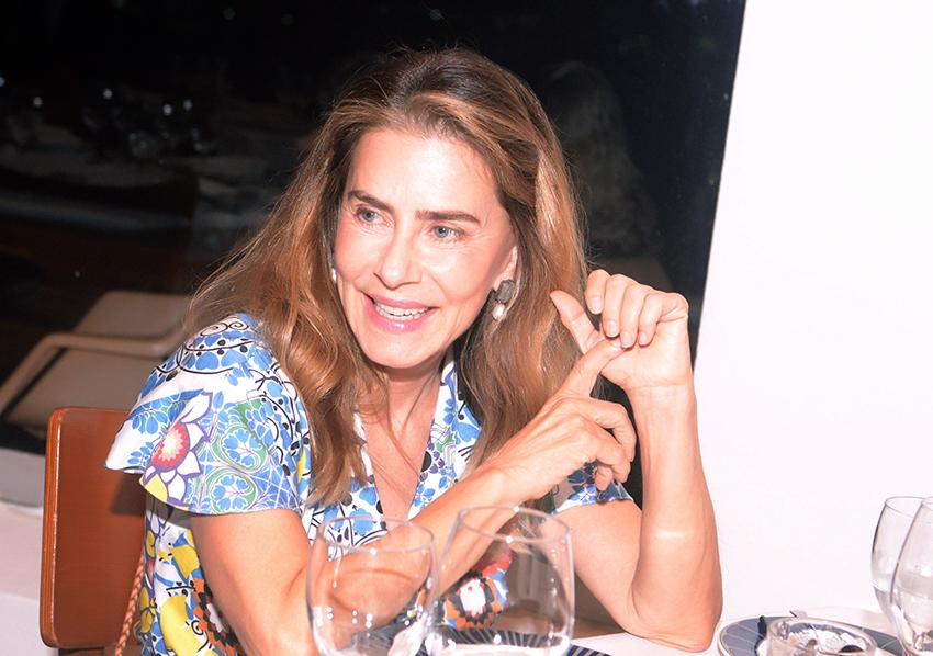Maitê Proença, atriz, apresentadora de TV e escritora, jantou nesta quinta-feira no Amado em Salvador