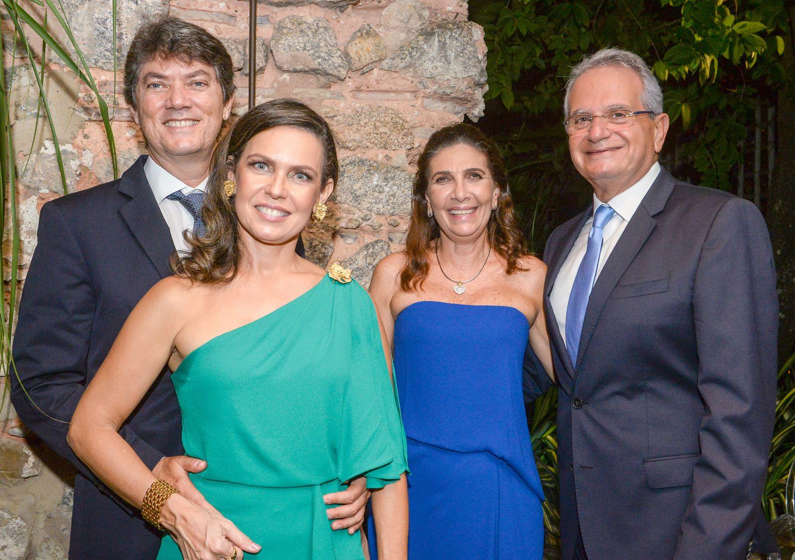 Elisa e Euvaldo Luz, Kátia e Tony Tawil presenças marcantes na abertura do Barra Fashion 2019 hoje que vai até dia 15