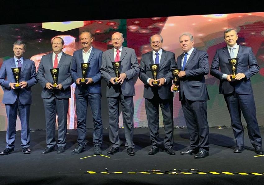 Roberto Sá Menezes é homenageado como um dos 100 Mais Influentes da Saúde no Brasil