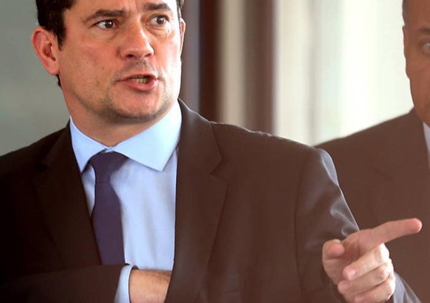 'Suspeita sobre laranjas do PSL será apurada com rigor', diz Moro