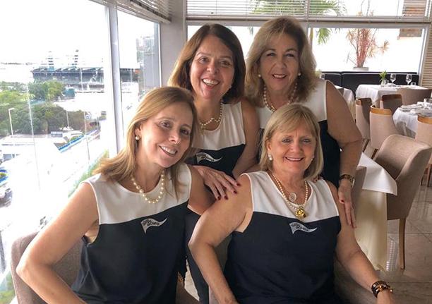 As sócias da Escola Tempo de Criança, Mônica Lavínia, Sônia e Solange felizes com os 40 anos de Escola que será comemorado no dia 12/10
