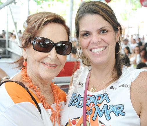 July Isensee e Alexandra e mais uma Feijoada ao Mar amanhã(16), no Cerimonial São José.Ver mais...