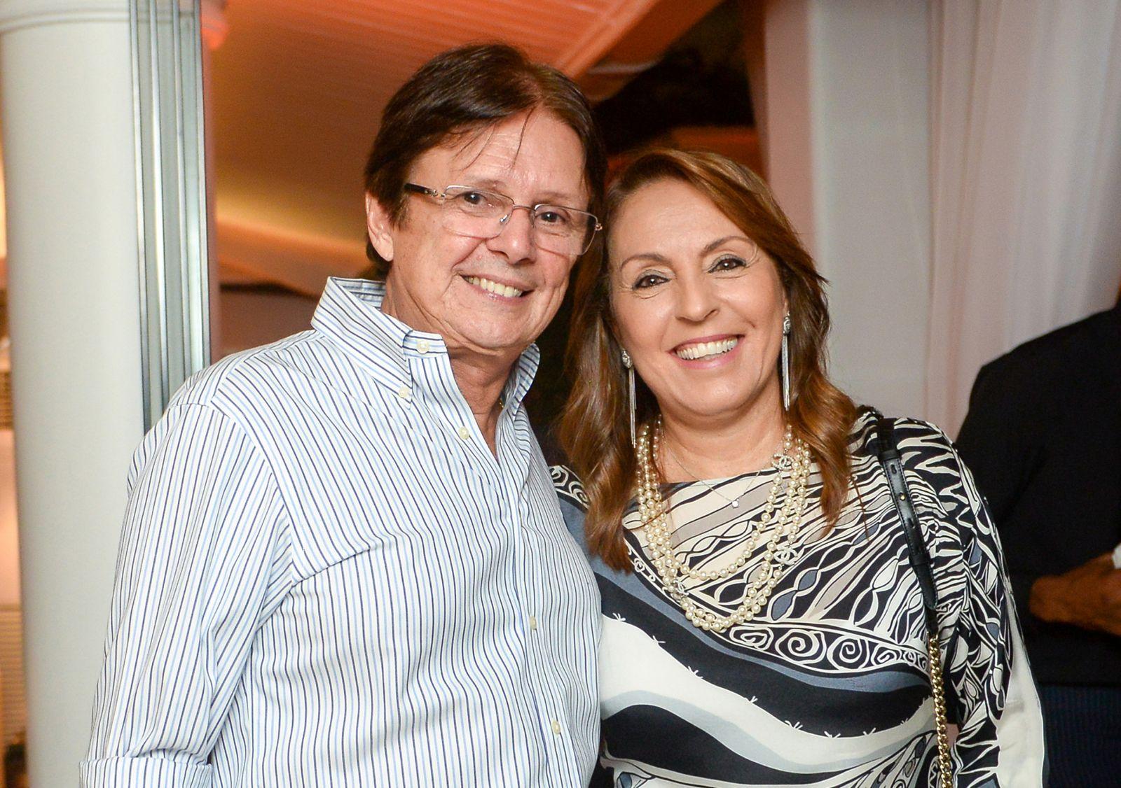 Márcia e Guto Amoedo o casal destaque no aniversário de Tina Lima