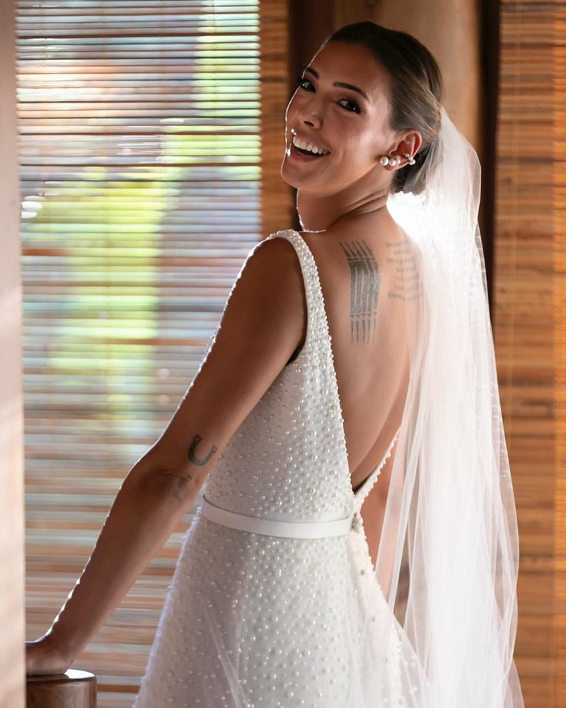 Casamento de Kika Laffranchi, em Trancoso, contou com shows de Ivete Sangalo e Jota Quest