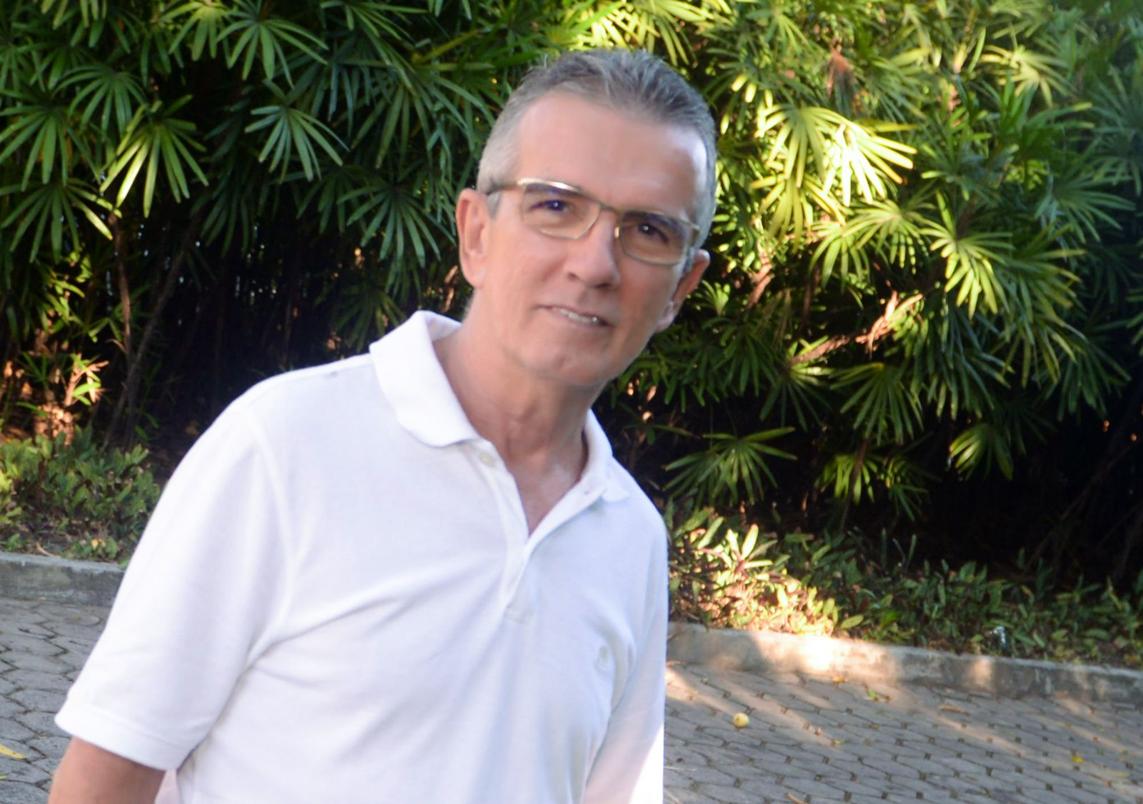 Dr. Marco Aurélio Maia cirurgião dentista, é o destaque odontológico de hoje dia 30 de abril.Ver mais...
