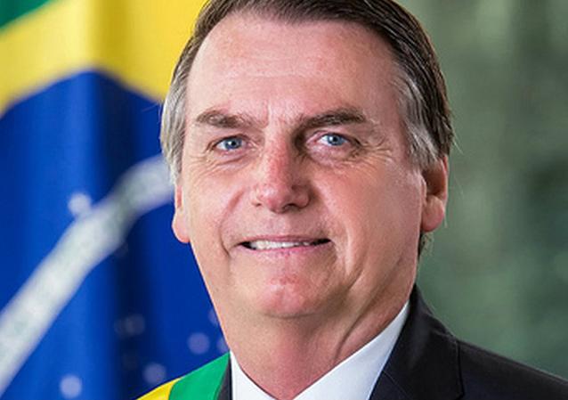 Bolsonaro será homenageado no EUA, e empresas não vão patrocinar o evento por ser contra Bolsonaro