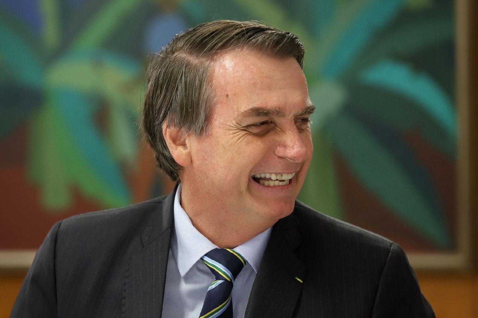 Bolsonaro manda recado a Caetano e Daniela Mercury.Ver mais...