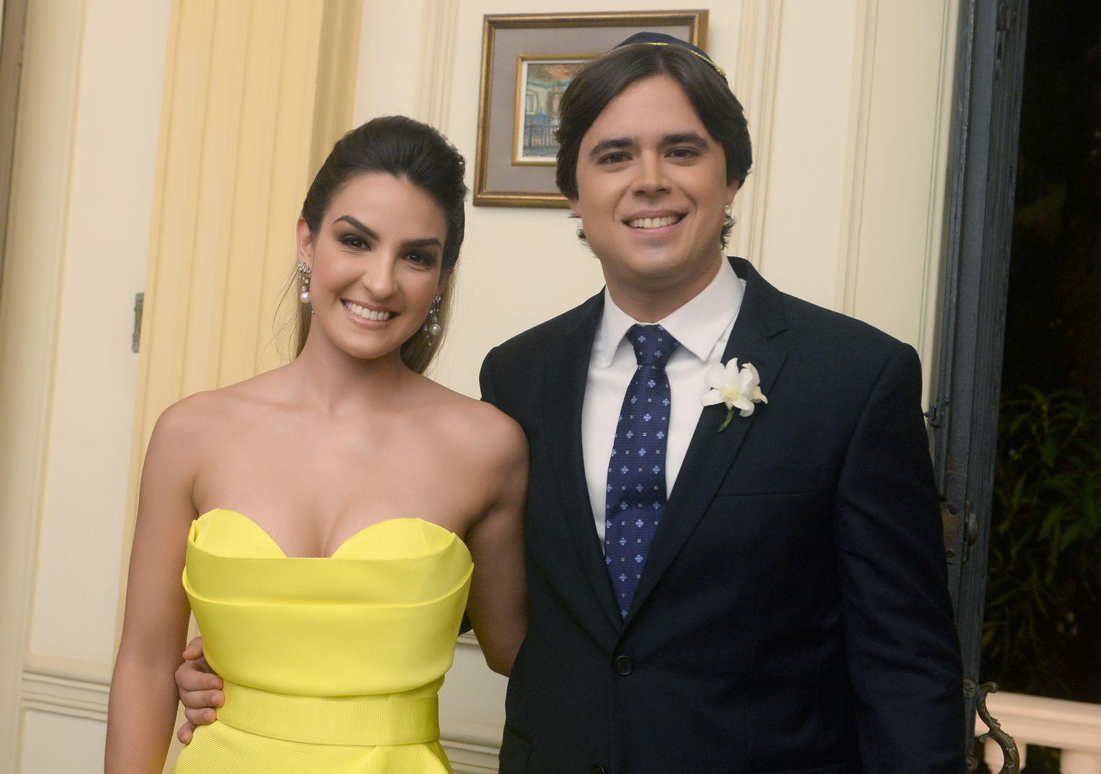 Alexandre Schanitman e Carolina Furtado foram destaque no casamento de Eduardo Schnitman e Natália Marchesini