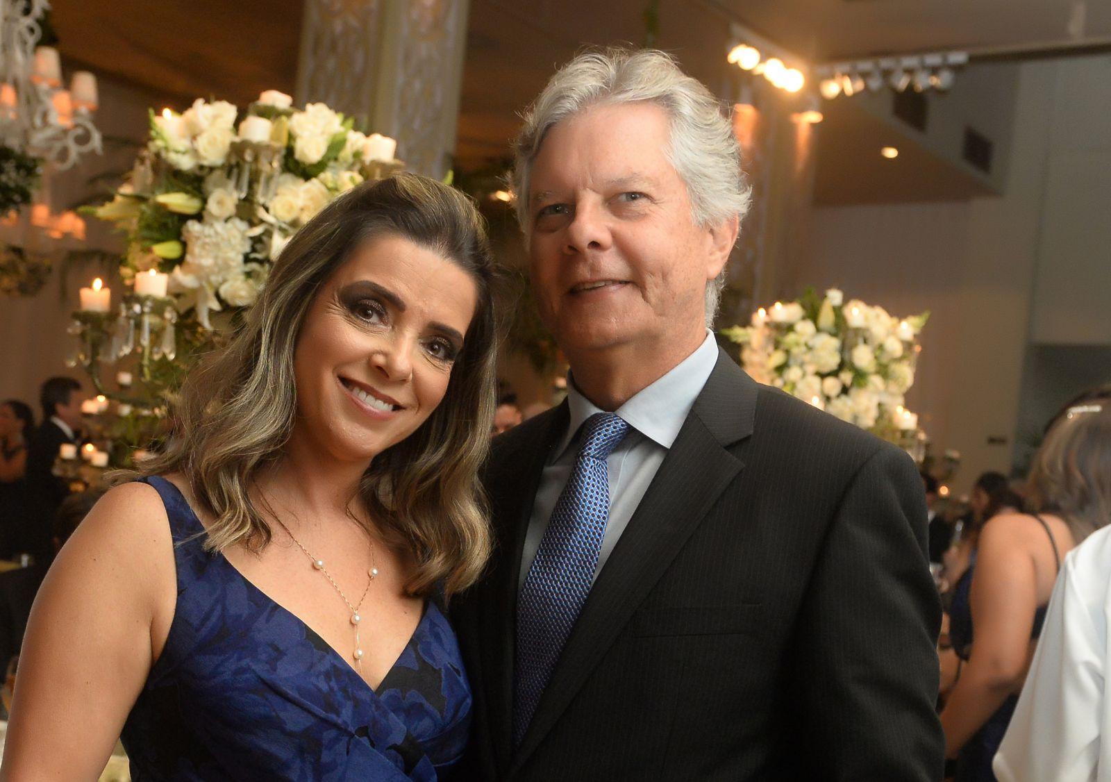 Marilda e Eduardo Bastos foram destaque no casamento de Eduardo Schnitman e Natália Marchesini