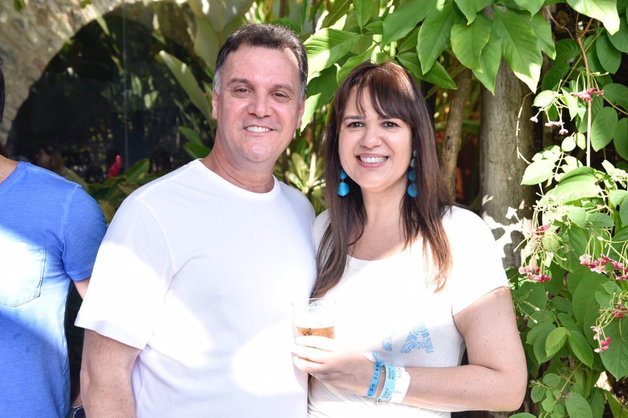 Adriana Barreto é a very special aniversariante de hoje dia 21 de setembro, na foto ela está com Antonio Mattos