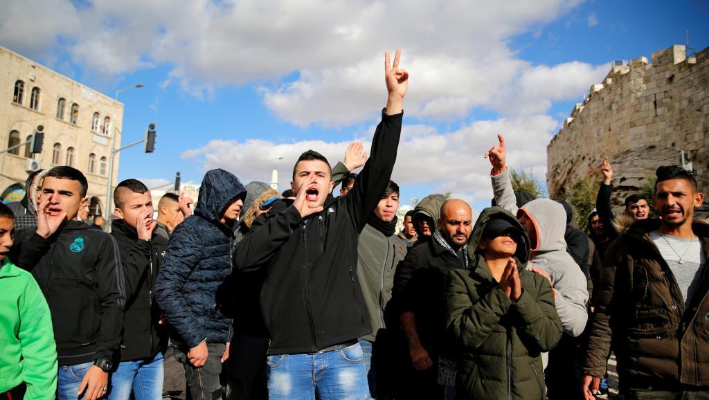 Escalada de violência é esperada hoje em Jerusalém