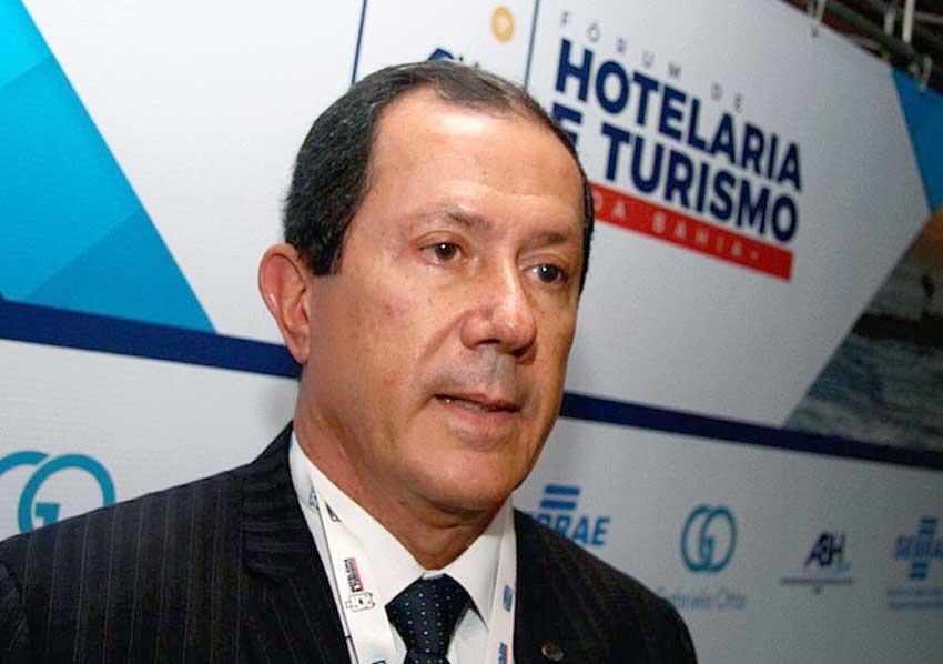 Glicério Lemos é reeleito presidente da ABIH por mais 2 anos sem precisar eleições, foi escolhido de dedo unanimemte.