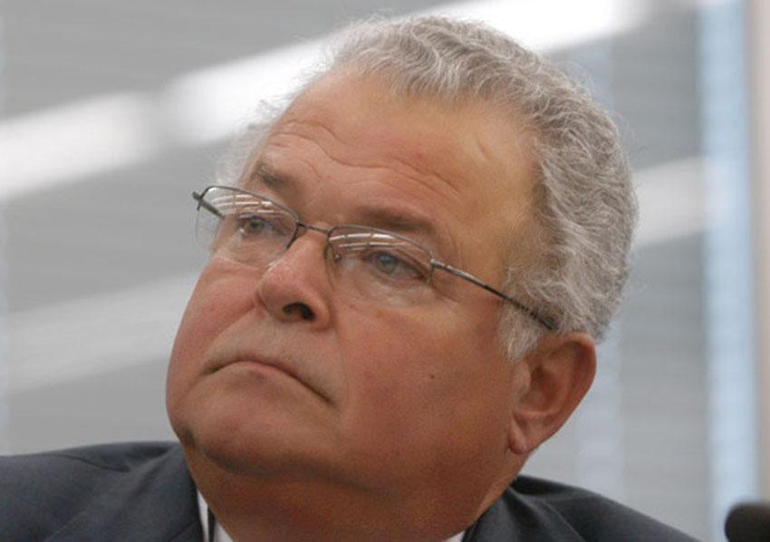 Emílio Odebrecht deixará de ser presidente do Grupo Odebrecht. Veja mais...
