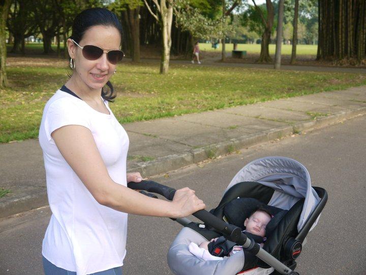 Marianna Andrade é a nobre aniversariante do hoje dia 30 de junho, na foto ele está tomando um sozinho com seu beê