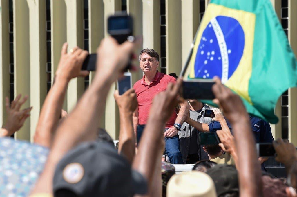 Os hipócritas repudiaram Bolsonaro pelo que ele fez no protesto, sendo que eles fazem coisas piores