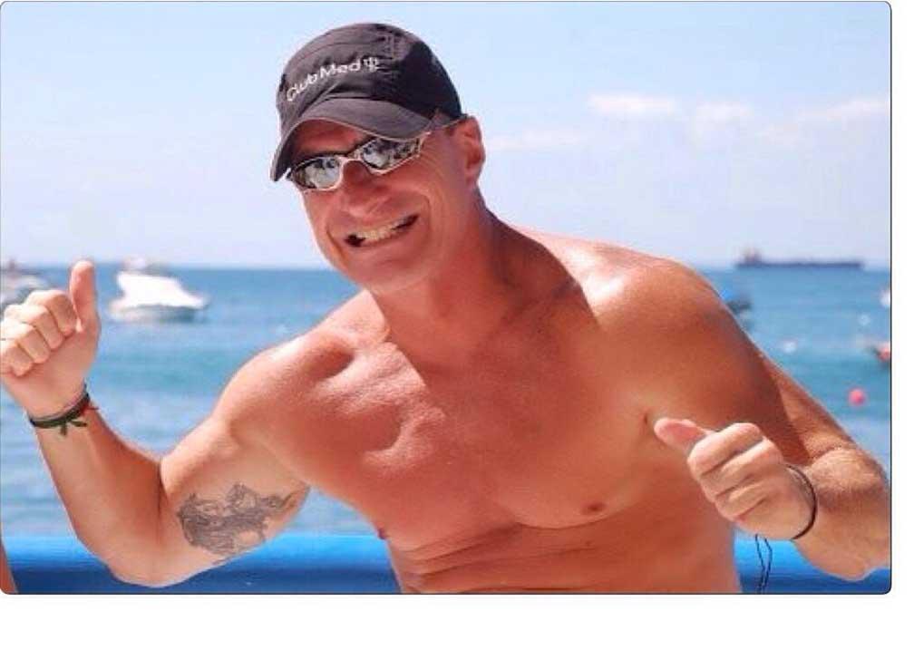 Mário Saback é o aniversariante de hoje dia 08 de junho, sócio do Yacht Clube da Bahia e famoso velador