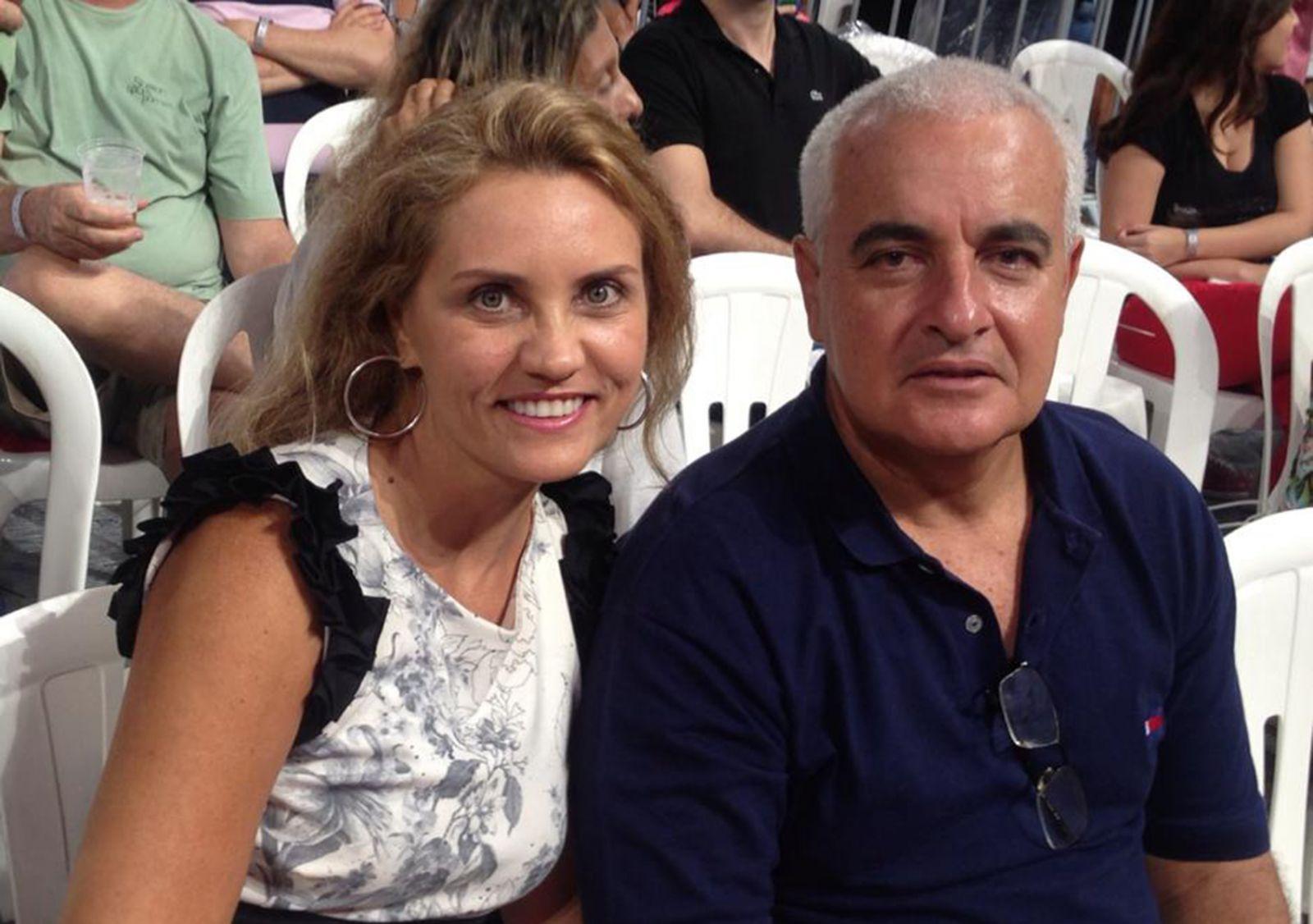 Carlos Rodolfo Neves é o aniversariante de hoje dia 19 de junho na foto ele está com a esposa Nilma Neves