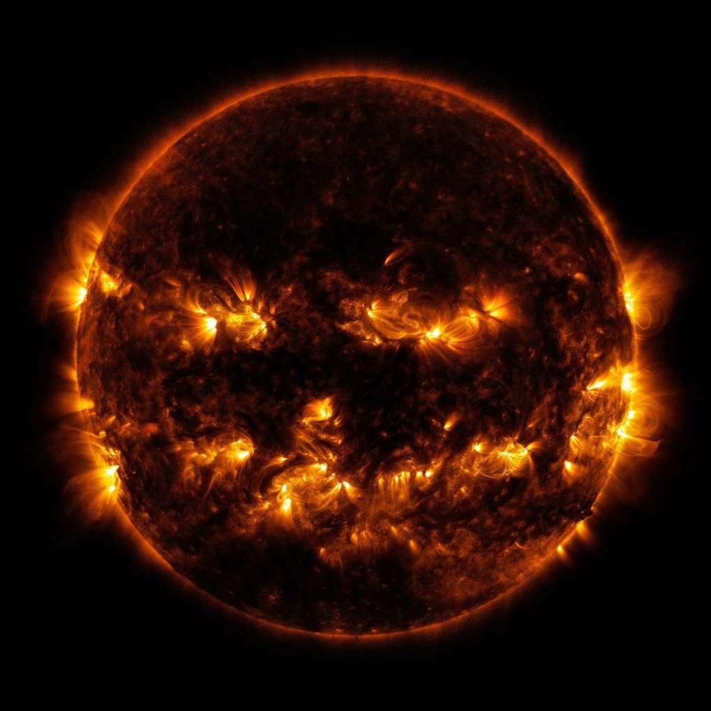 Sol está 'queimando' o campo magnético da Terra. Veja o que os profetas disseram a milhares de anos atrás, sobro o sol no futuro