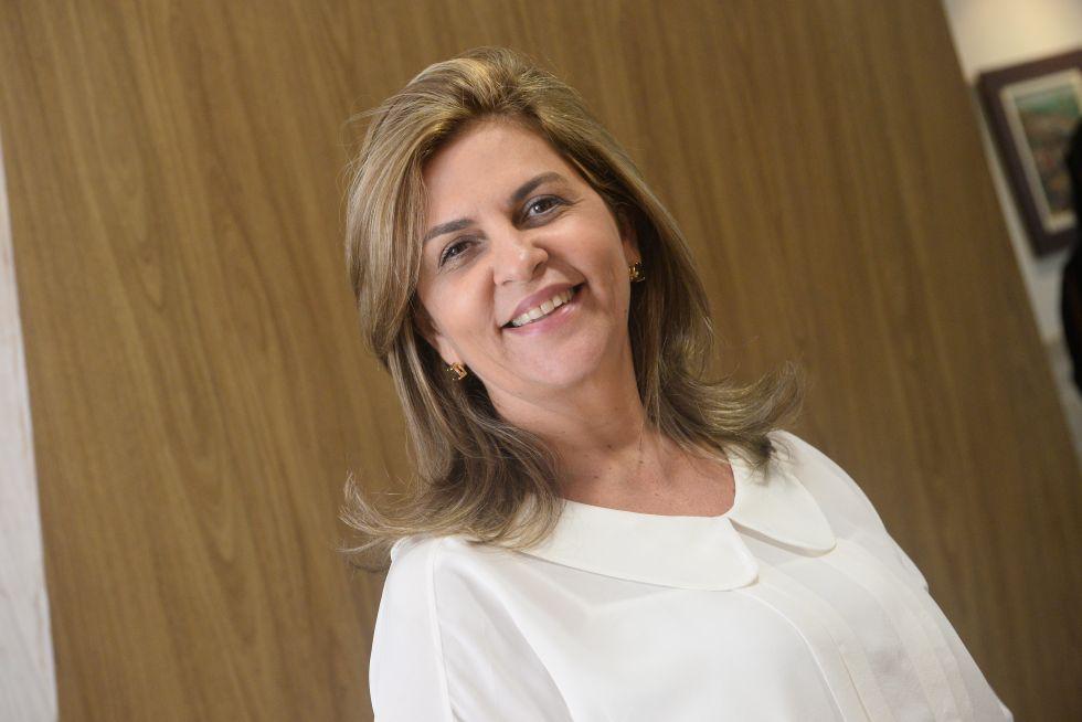 Leila Brito a nobre aniversariante de amanhã dia 13 de agosto, ela é esposa do Dep. Federal Antonio BrIto