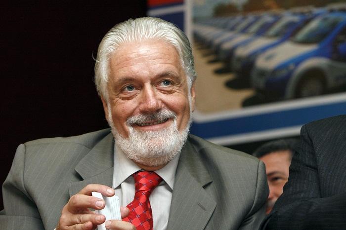 Wagner diz que inveja motivou vereador que quer impedir homenagem a Lula