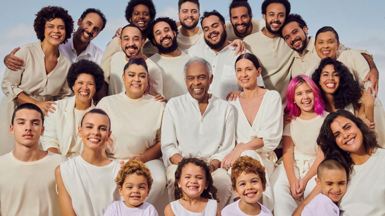 Campanha de Natal da Hering reúne toda a família Gil