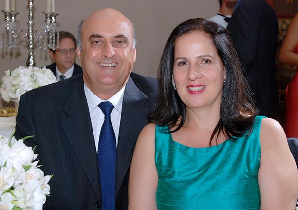 O destaque de hoje 10 de novembro fica por conta do belo casal Verônica e Nestor Duarte. Ver mais...