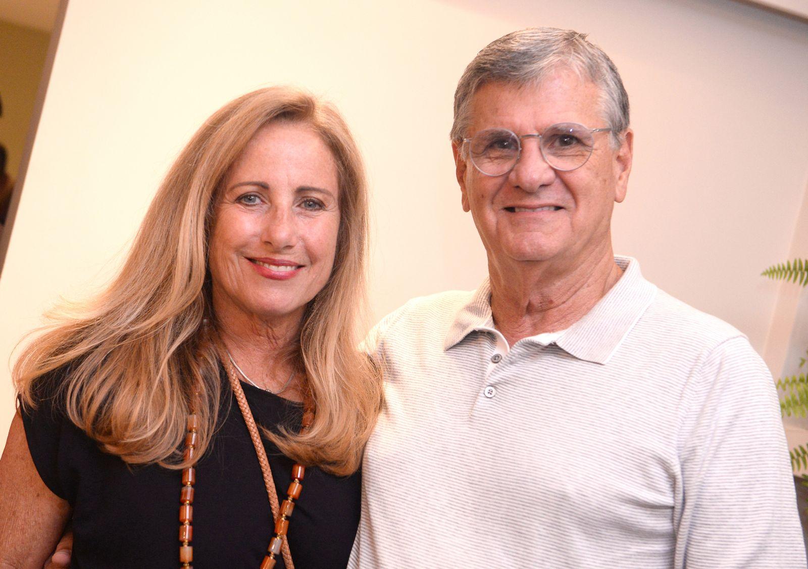 Armando Correa Ribeiro e Sinisia estarão expondo suas fotos very special, logo mais às 18,30h no Museu da Misericórdia.