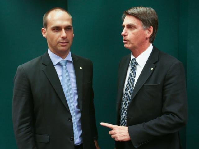 Gustavo Moreno receberá convidados para esquente do bloco De Hoje a Oito
