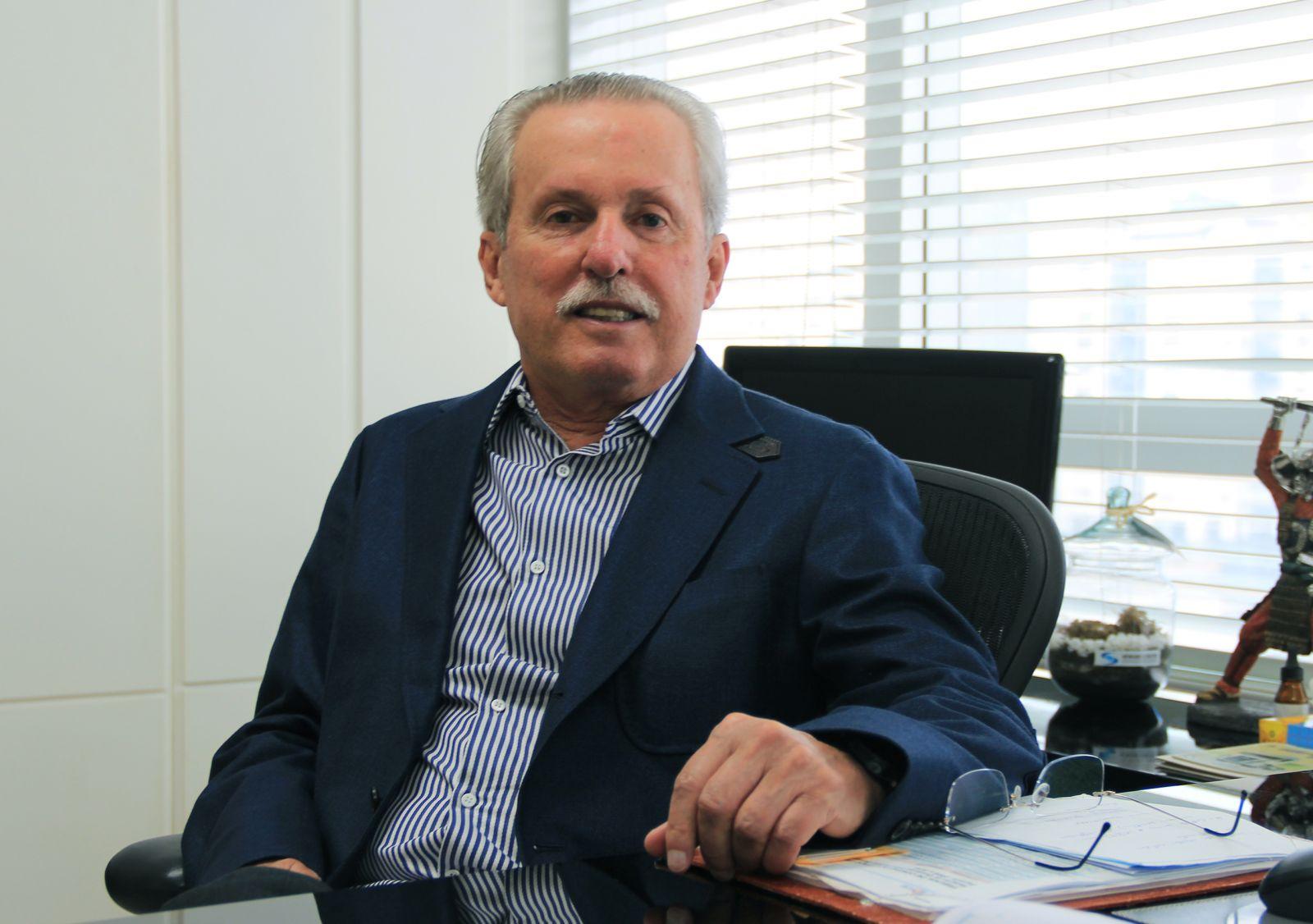 Luiz Mendonça Filho é o destaque empresário de hoje dia 04 de maio. Ver mais...
