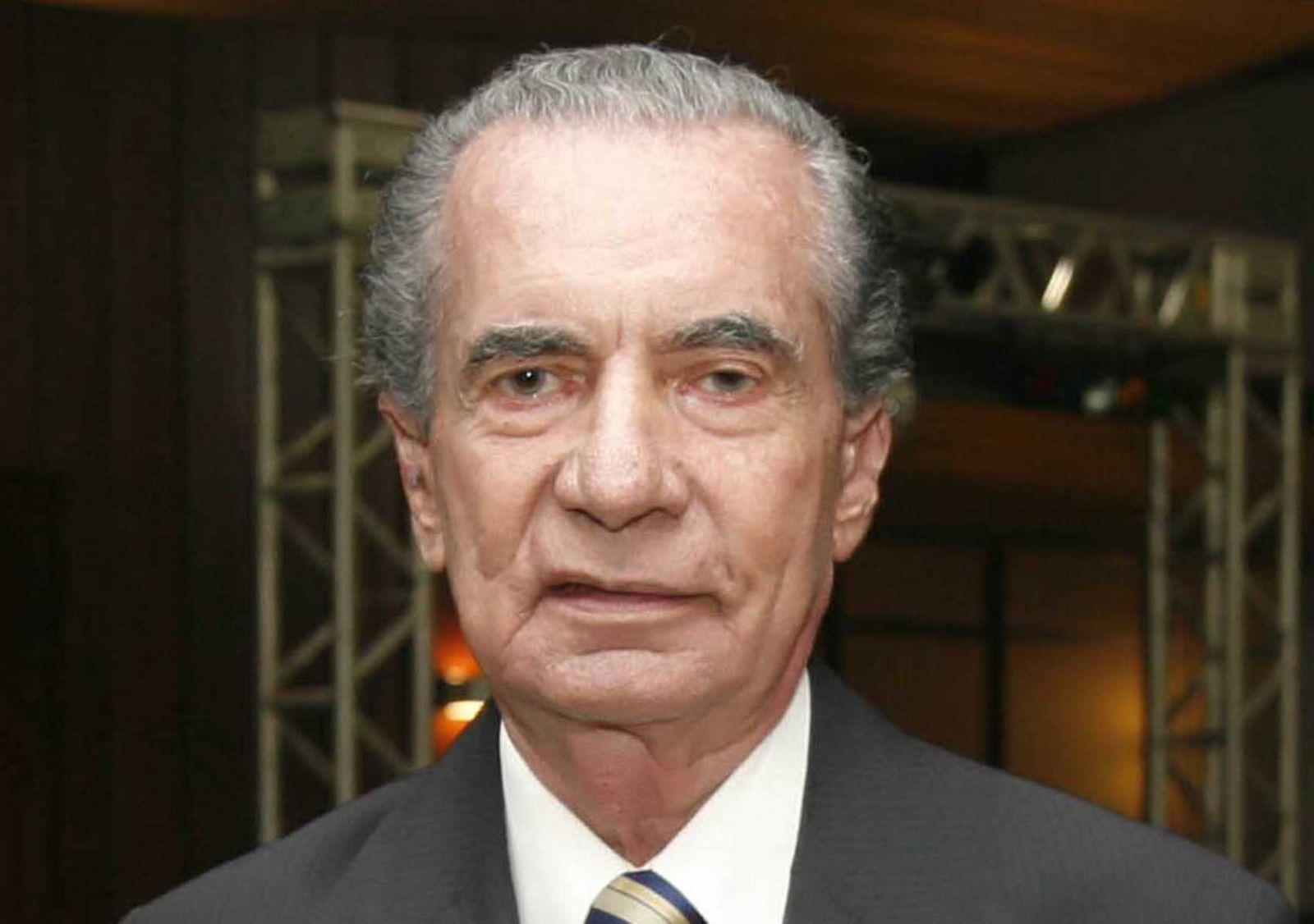Enquanto  as religiões estão parabenizando João Batista este Site está parabenizando João Durval Carneiro a very important person