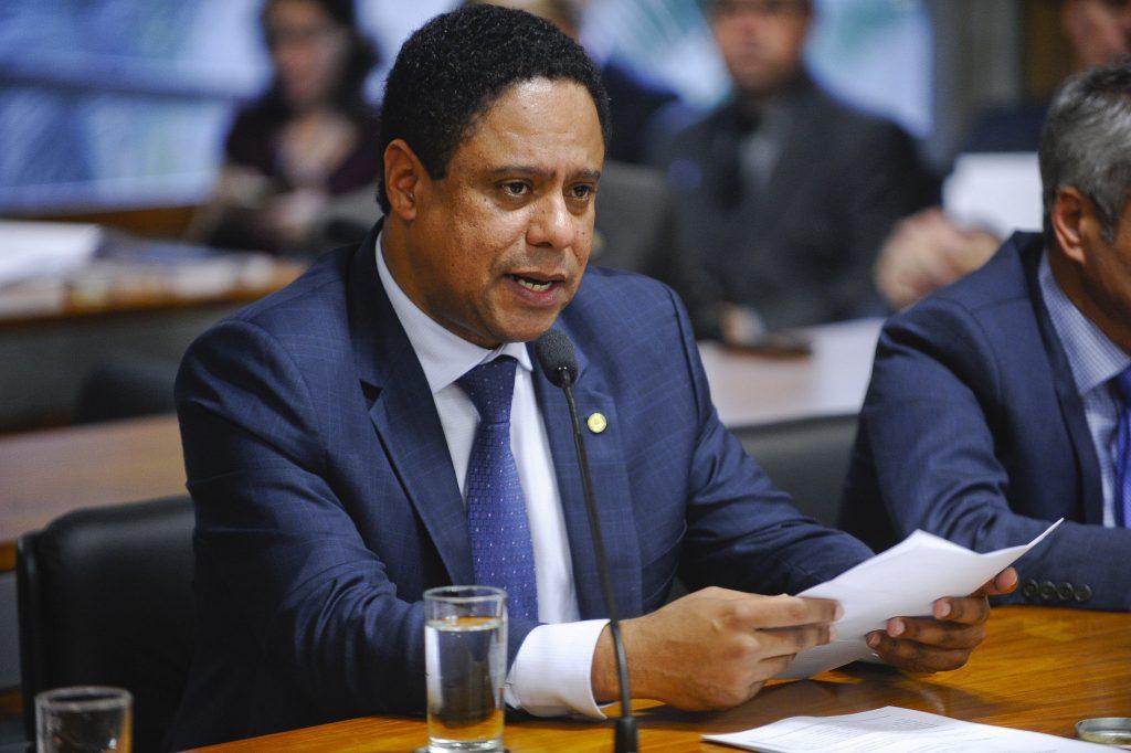 O deputado federal por SP, aliado antigo, PCdoB articula bloco sem o PT na Câmara
