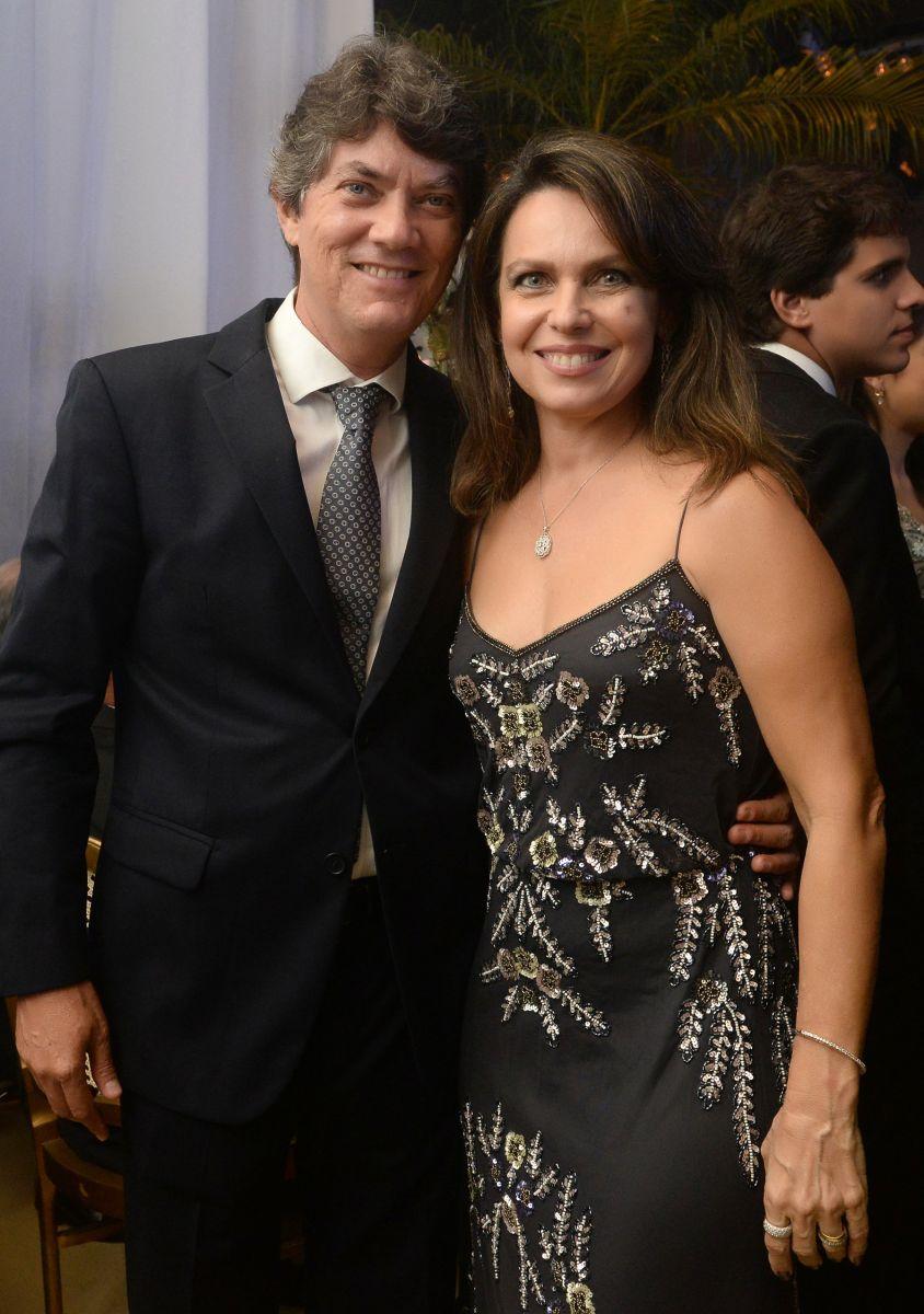 Elisa e Euvaldo Luz foram destaque no casamento de Eduardo Schnitman e Natália Marchesini