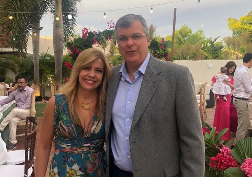 Elieser Schnitman e Ana Maria da Lar Shopping, são os destaques comerciante de hoje por este site