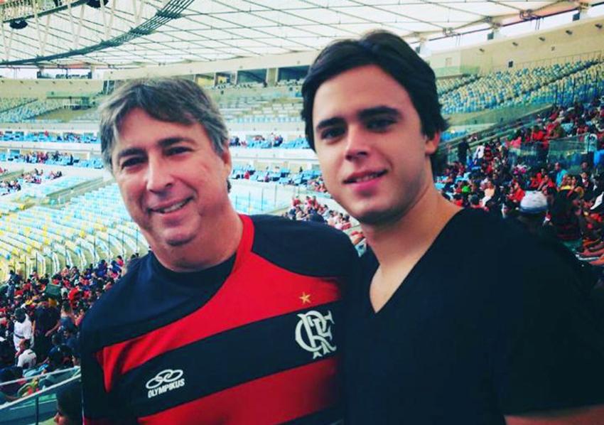 Elieser Schanitman e seu filho Alexandre no Maracanã em hora de lazer