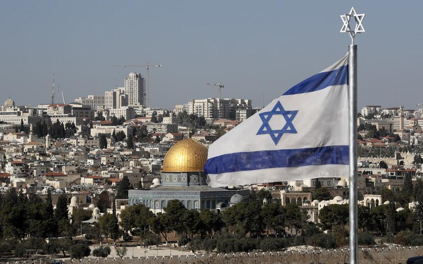 Trump o irmão maior de Israel se levanta para defender Israel e também para fazer as profecias de Deus se cumprir na íntegra.Veja...
