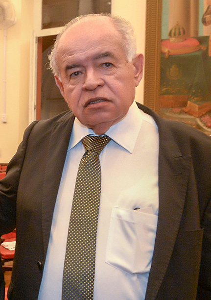 Prof. José Nilton Carvalho Pereira é o nobre aniversariante de hoje dia 13 de maio