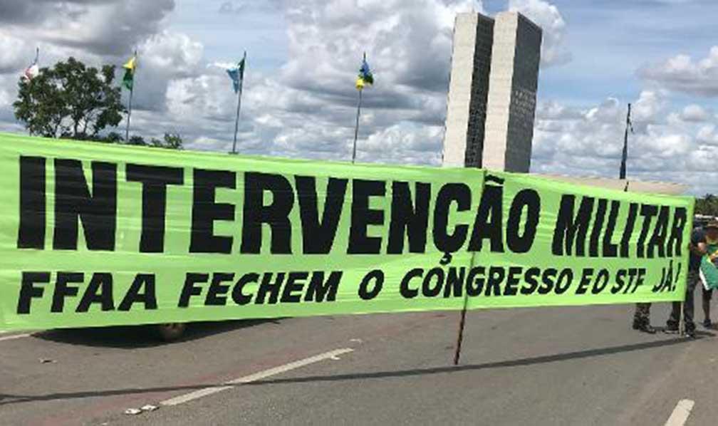 No Distrito Federal, apoiadores de Bolsonaro se mobilizaram e se manisfestaram ontem 24/05