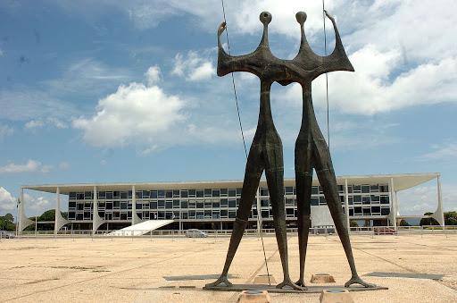 Tereza e Roberto Queiroz estão passando o Natal e Ano Novo em Portugal