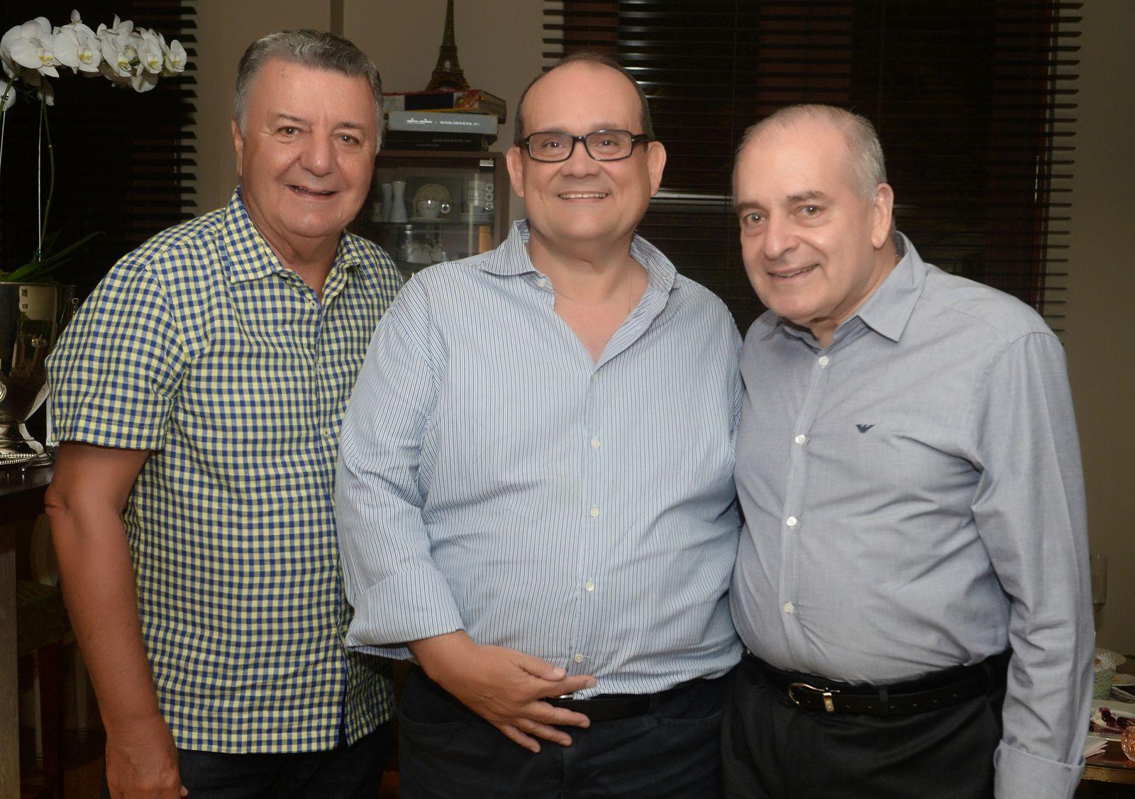 Arlete Magalhães passou da morte física para a vida espiritual, meus pêsames à família Magalhães